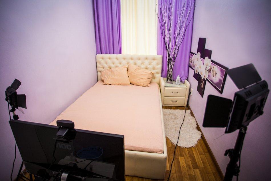 Фото комнаты веб модели