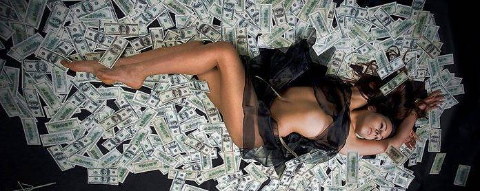 photo girl on money
